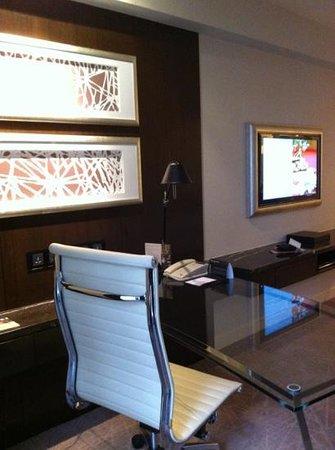 InterContinental Kuala Lumpur: writing desk and tv