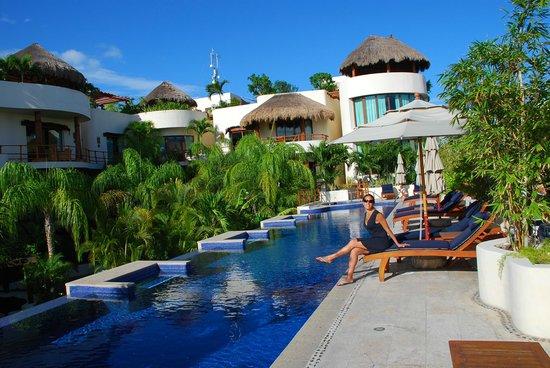 Porto Playa Condo Hotel & Beachclub: Top Pool Deck