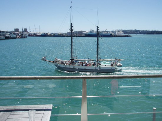 Auckland Waterfront Serviced Apartments:                   View from unit