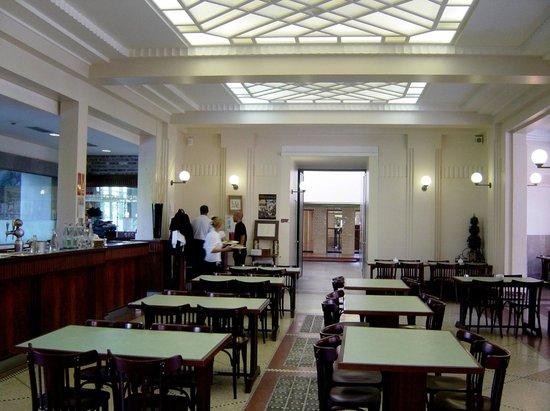 Restaurant at Musée La Piscine : Roubaix