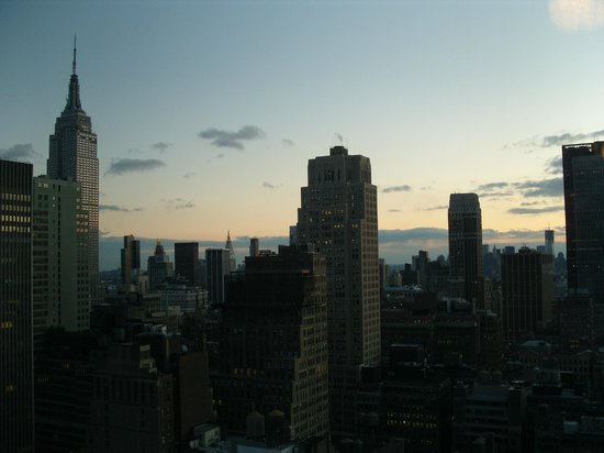 Hilton Times Square: View towards lower Manhattan - Lvl 40