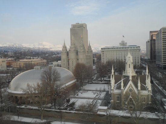 Salt Lake Plaza Hotel: Vissta al temple square