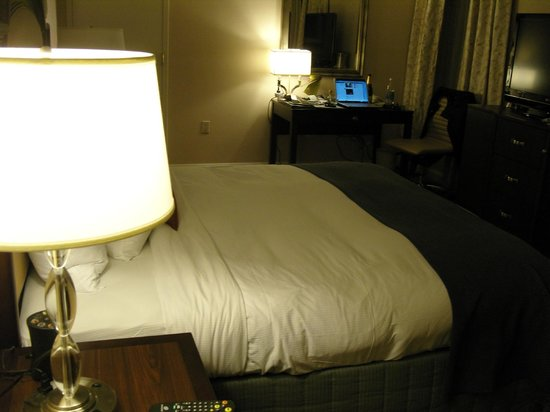 Capital Hilton: Executive Room
