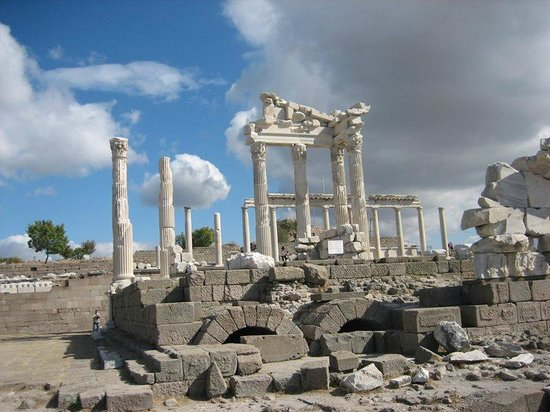 Istanbul Tours by Local Guides: pergamon