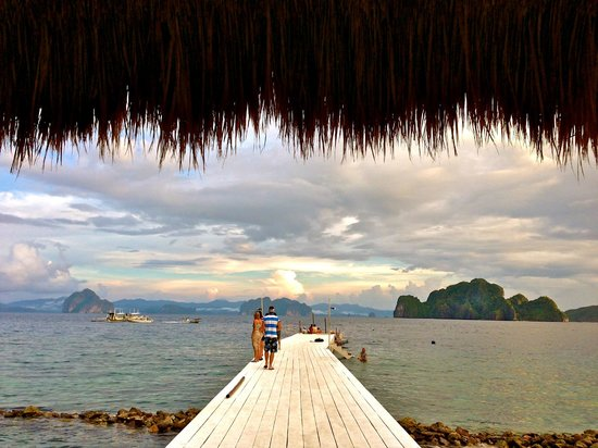 El Nido Resorts Miniloc Island:                                     Miniloc Resort ( Dock Area)