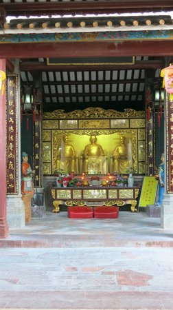 He Fairy Family Temple : Interiør