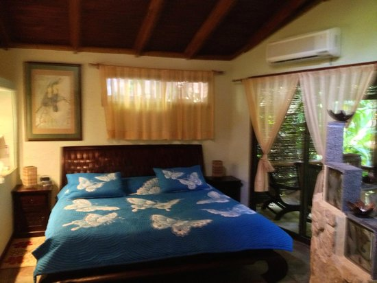 Cascadas Farallas Waterfall Villas:                                     Honeymoon Suite