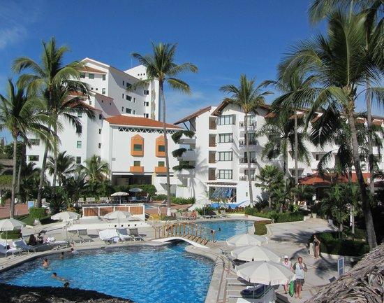 Buenaventura Grand Hotel & Great Moments All Inclusive:                   Overall view of pool & buildings