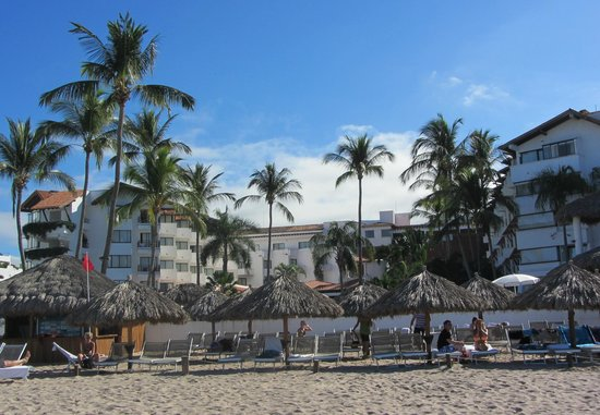 Buenaventura Grand Hotel & Great Moments All Inclusive:                   View of hotel from the beach