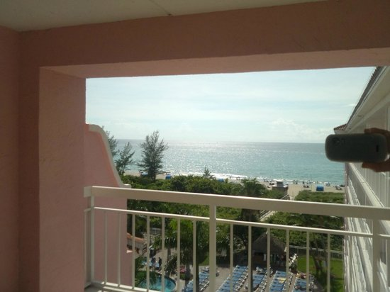Palm Beach Shores Resort and Vacation Villas: View from the suite