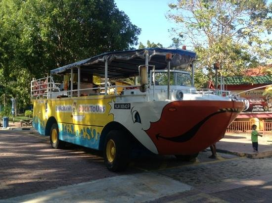 Langkawi Duck Tours- Day Tours: bus amphibie
