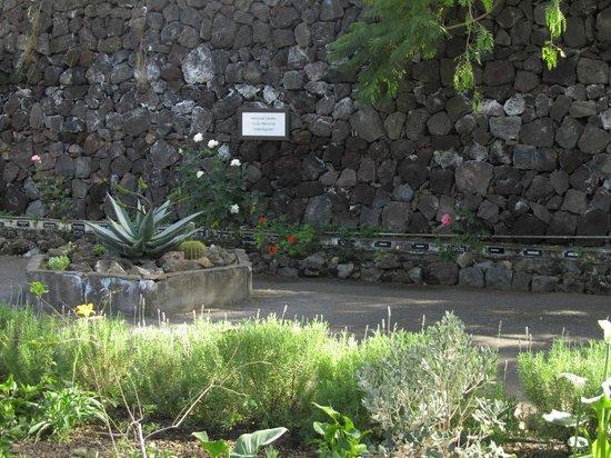 Parque Taoro: Memorial garden (Anglican church)