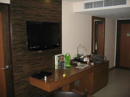 Nouvo City Hotel: Zimmer