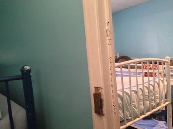 Hostel Faubourg Montmartre: des tags avec des numéro