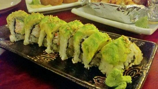 joy sushi : Crab and avocado roll