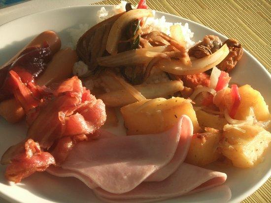 Chaweng Cove Beach Resort: colazione