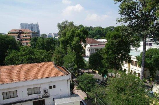 Lan Lan Hotel 1 : Un autre angle de vue de la chambre