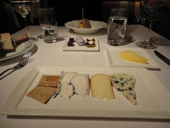 Gramercy Tavern: Perfect American cheeses