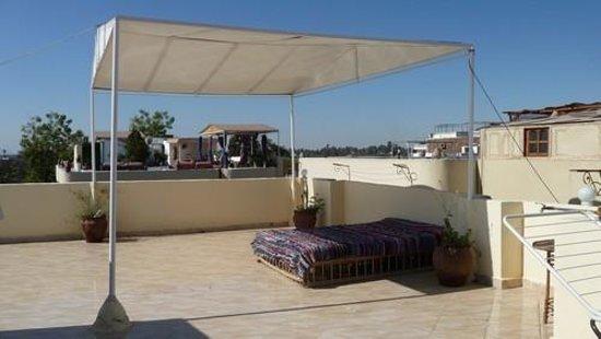 Gite Hotel Gezira: terrasse de la villa
