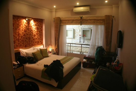 Hanoi City Palace Hotel:                   Delux double room
