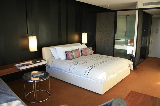 Crown Metropol Melbourne:                   My room