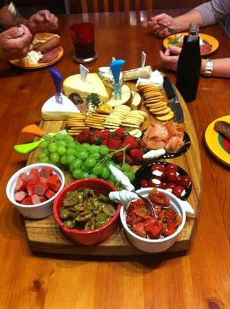 Hunter Haven:                   complementary platter