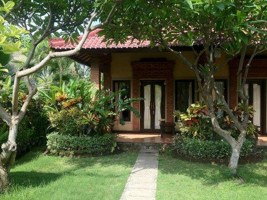Tirta Sari Bungalows: Superior Cottage 