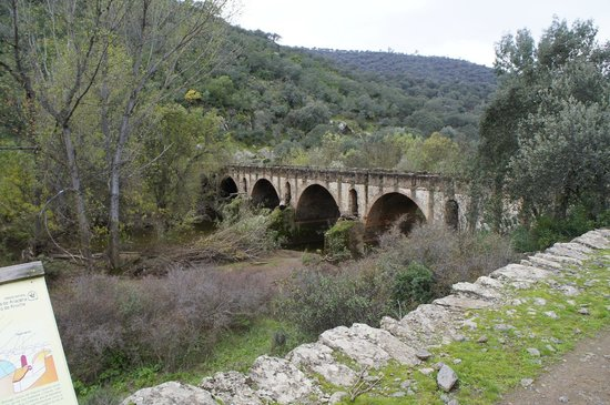 Hotel Rincon de Abade: Puente entre España-Portugal - Ruta Senderismo