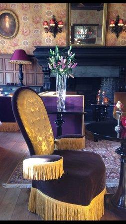 Hotel de Orangerie:                   Salon