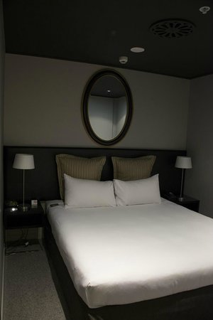 DoubleTree by Hilton Hotel Queenstown:                   Std room - Separate sleeping area