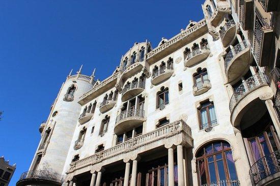 โรงแรมคาซาฟุสเตอร์: ホテルの概観