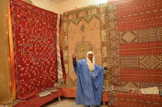 Anti-Atlas Mountains:                   Tafraoute carpet shop