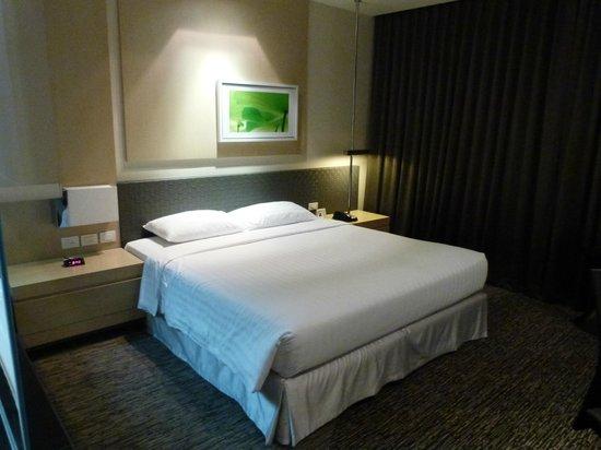 BEST WESTERN PREMIER Amaranth Suvarnabhumi Airport:                   Comfy bed
