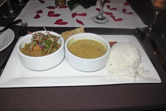 Namale Resort & Spa: Outstanding Curry Dish