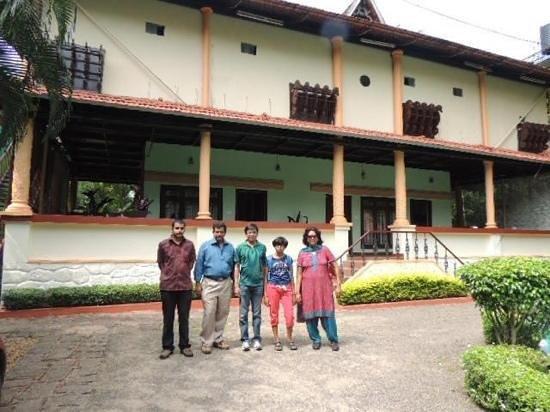 Backwater Retreat Theme House: Our home away from home at Kumarakom with Mr.Kurien & Mr.Zubin.