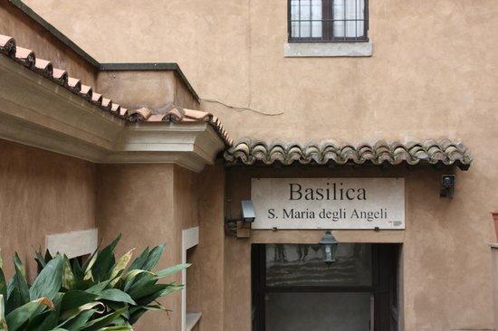 Basilica di Santa Maria degli Angeli e dei Martiri: back entrance