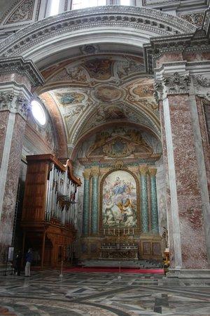 Basilica di Santa Maria degli Angeli e dei Martiri: Interior