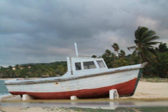 Half Moon:                   boat