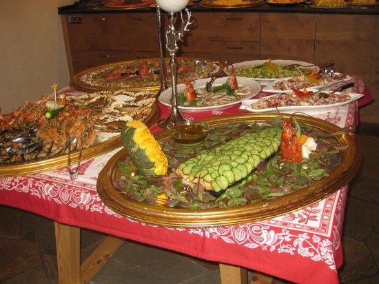 Hotel Somont:                   New Year dinner