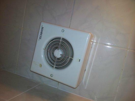 Extractor De Baño Techo:Westpoint Hotel: Extractor del techo del baño