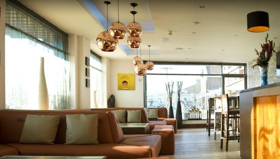 Shalimar Bar Restaurant Lounge: Lounge