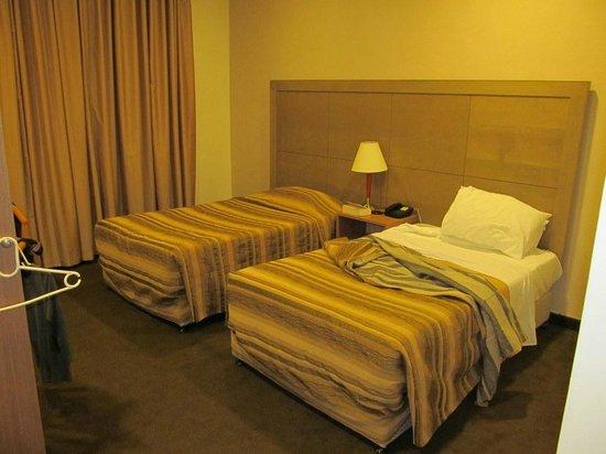 Ritz Hotel:                   Room
