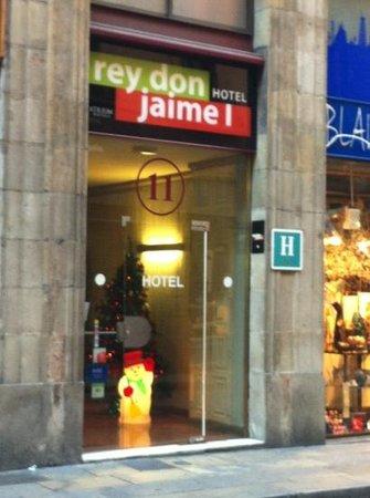 Hotel Rey Don Jaime I: entrada
