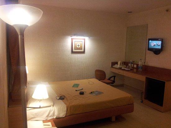 Walnut Budget Hotel:                   Room