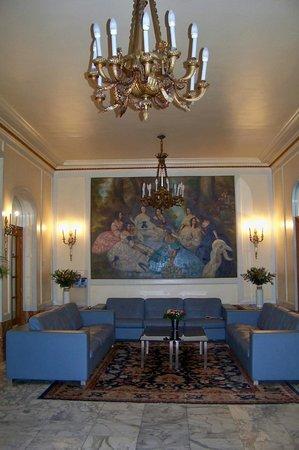 Grand Hotel Bellevue: Hotel foyer