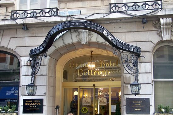 Grand Hotel Bellevue: Front of hotel