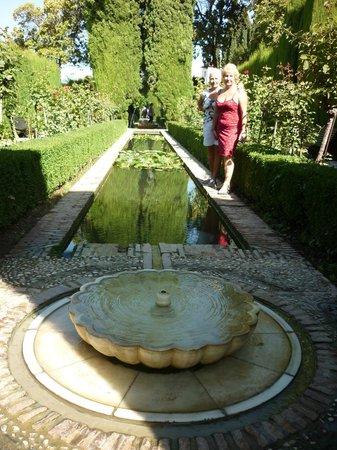 Hotel Sacromonte:                   Gardens