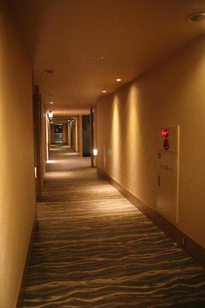 Hotel Niwa Tokyo: Pasillos
