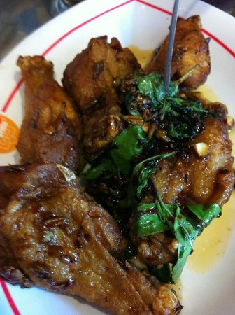 Thai by Thai: Ka prow chicken wings.