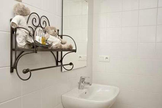 Sohier, Belgique : salle de bain cosy